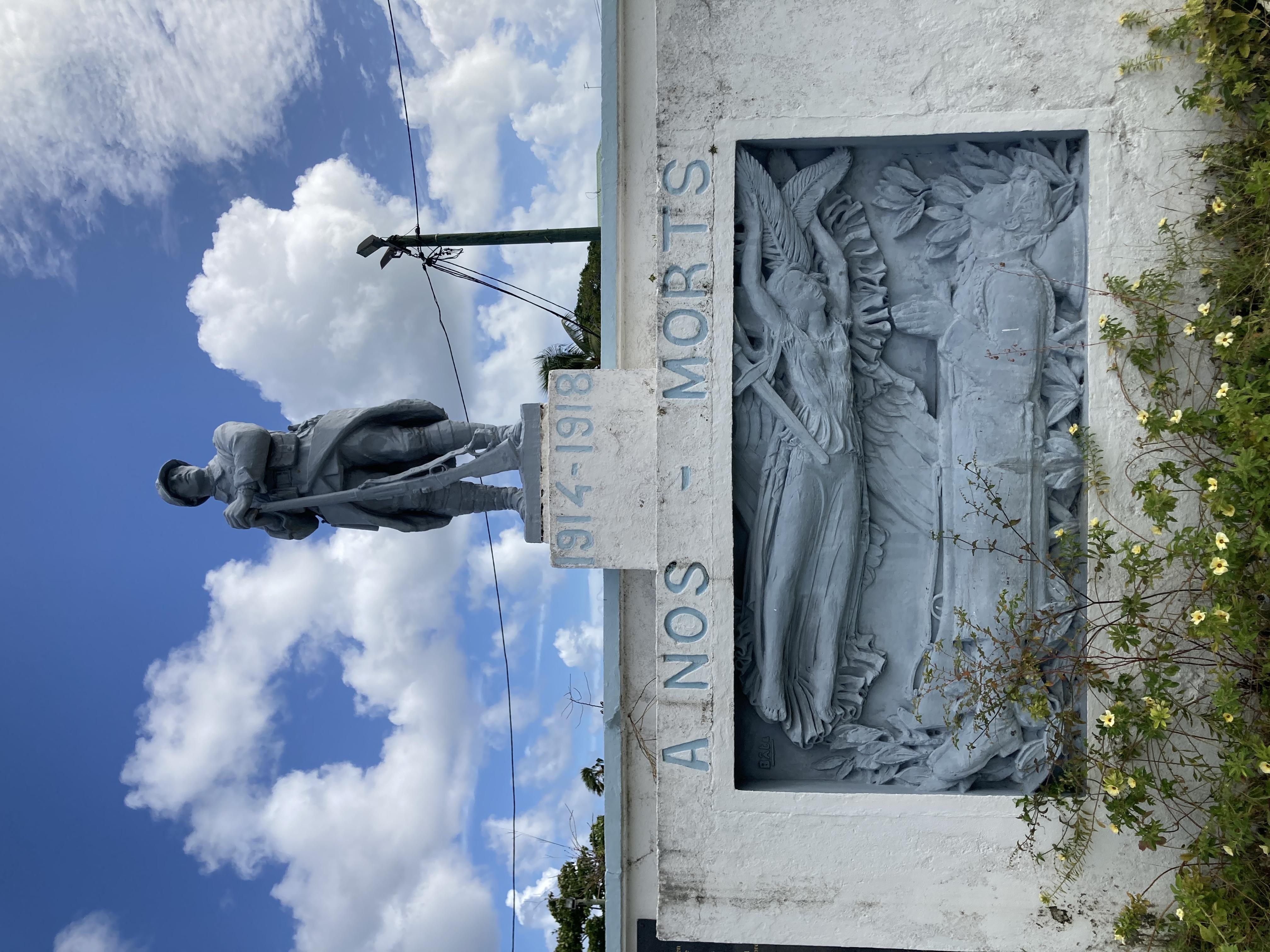 Le monument aux morts d'Anse-Bertrand